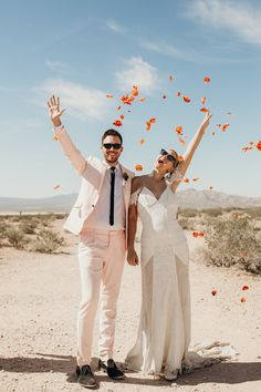 True Romance in the desert: a Tarantino inspired Vegas elopement at Seven Magic Mountains Wedding Trends, Boho Wedding, Destination Wedding, Wedding Ideas, Wedding Destinations, Elope Wedding, Wedding Styles, Wedding Dresses, Elopement Party