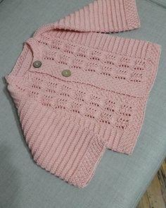 örenbayan'in Instagram gönderisi • 14 Nis, 2018, 4:13ös UTC Baby Boy Knitting, Baby Knitting Patterns, Baby Patterns, Crochet For Kids, Crochet Baby, Baby Sweaters, Diy And Crafts, Baby Kids, Kids Fashion