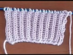 How to Knit - Stockinette Knit Stitch Pattern Knitting Videos, Crochet Videos, Knitting Stitches, Knitting Projects, Tunisian Crochet, Knit Crochet, Holiday Pictures, Knitwear, Knitting Patterns