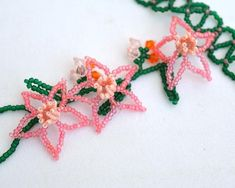 Coral pink narcissus slave bracelet from Elfin Garden collection Botanical bracelet of glass seed beads Floral bracelet coral and green Rosa Coral, Coral Pink, Slave Bracelet, Beaded Flowers, Bead Weaving, Seed Beads, Beading, Crochet Necklace, Shapes