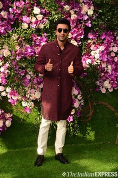 After Isha Ambani's extravagant wedding,now Akash Ambani is making headlines. As all Bollywood Stars shines at Akash Ambani & Shloka Mehta's Wedding. Lakme Fashion Week, Bridal Fashion Week, Celebrity Dresses, Celebrity Weddings, Wedding Reception Locations, Reception Ideas, Wedding Ceremony, Bollywood Wedding, Wedding Venue Inspiration
