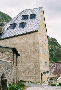 Old hospice renovation and extension / Miller & Maranta / St. Gotthard pass / Switzerland / 2010