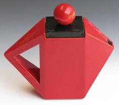 Keramiek Jan Snoek teapot. Teapots And Cups, Teacups, Black Clay, Mad Hatter Tea, Ceramic Teapots, Making Machine, Chocolate Pots, Clay Projects, Pottery Art