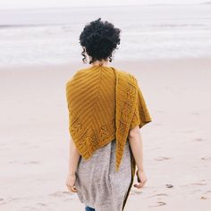 The first from our new Shawls 2017 collection is out today! Here's Mucha designed by Leila Raabe and knitted in Chickadee (shown here in color Honey). This beauty is one of five new shawl patterns coming out this week - one new shawl every day now through Friday. Get the collection bundle through our profile link and let us surprise you with a new pattern when each one goes live. Patterns also available individually. We hope you love them as much as we do! #quincemucha #shawls2017…