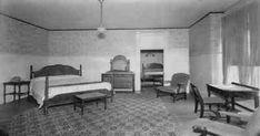 """Crime » quarto 1046 Roland T. Owen e o horror no quarto 1046 Em Kansas City, Missouri, na tarde de 2 de janeiro de 1935, um homem entrou no Hotel President e pediu um quarto vários andares acima. Ele não carregava bagagem. Ele assinou o registro como """"Roland T. Owen"""", de Los A... #CMisteriosBlog #Crimes"""