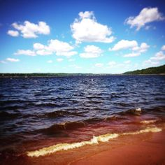 #HappyFriday to all with a lovely view of the St. Croix river separating #Minnesota and #Wisconsin  #vacation #inspiration #blue #bluesky #bluewater #river #usa #america