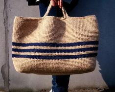 Discover thousands of images about Crochet Tote KIT - MOORITKits - Envelope is a unique online shopping mall made up of a few independent shops from all around Japan. Crochet Handbags, Crochet Purses, Couture Cuir, Diy Tote Bag, Boho Bags, Jute Bags, Basket Bag, Tapestry Crochet, Fabric Bags