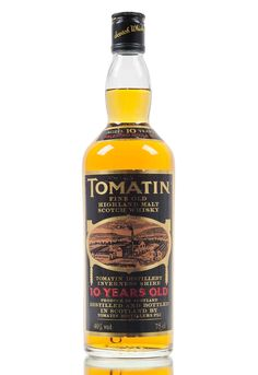 An old and rare bottling of Tomatin 10 year old whisky from the 1980's.