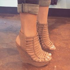 80+ Type Of Fashionable Wedges To Get Perfect Style #wedgesshoes