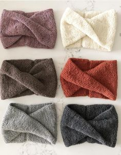 Die Stirnbandkollektion meiner Frau What is your opinion about Die Stirnbandkollektion meiner Frau ? Please, share with us! Knit Headband Pattern, Knitted Headband, Knitted Hats, Diy Headband, Headbands, Free Knitting, Baby Knitting, Knitting Patterns, Crochet Patterns
