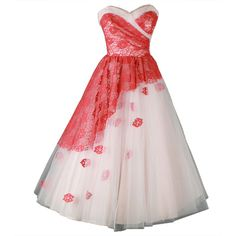 Pre-owned Vintage 1950's Pink Tulle Flower Appliques Cocktail Dress ($325) ❤ liked on Polyvore featuring dresses, gowns, vestidos, evening dress, pink dress, tulle flower dress, pink tulle dress, preowned dresses e blossoms dresses
