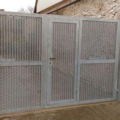 Dvoukřídlá brána s brankou  realizace Brno Divider, Furniture, Home Decor, Doors, Pictures, Home Furnishings, Interior Design, Home Interiors, Decoration Home