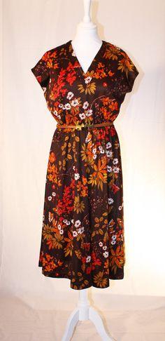 Brown vintage flower print dress by RoxygoesRetro on Etsy, Vintage Flower Prints, Vintage Flowers, Floral Prints, Fashion Prints, Roxy, Wrap Dress, Autumn, Retro, Trending Outfits