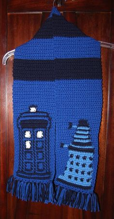 Dr Who TARDIS Dalek Scarf Pattern by Stephrs on Etsy, $3.50