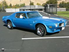 Photo of a 1972 Pontiac Trans Am (72 Trans Am Blue)