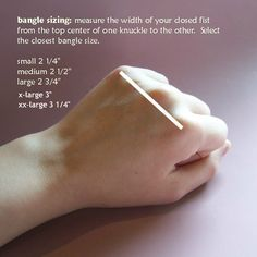I've edited the original from the web to include XL and XXL bangle sizes - since most of the bangles I make are XL.
