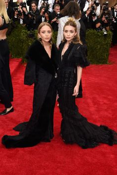 Mary Kate Olsen and Ashley Olsen. See all the looks from the 2015 Met gala.