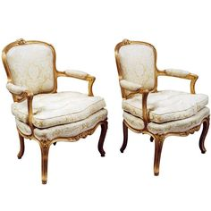 A Pair of Comfortable French Rococo Giltwood Bergeres/Clubchairs | 1stdibs.com