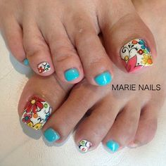 Diseño de uñas nail designs for summer nail designs for short nails step by step kiss nail stickers nail art stickers how to apply full nail stickers Pretty Toe Nails, Cute Toe Nails, Fancy Nails, My Nails, Toe Nail Color, Toe Nail Art, Nail Colors, Toenail Art Designs, Fingernail Designs