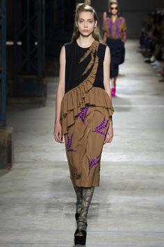 Dries Van Noten Spring/Summer 2016 Fashion Show