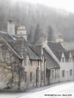 Village of Castle Combe (The Cotswolds, Wiltshire, England) by Myk The Places Youll Go, Places To See, Vila Medieval, Castle Combe, English Village, England And Scotland, England Uk, Jolie Photo, English Countryside