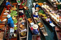 Visit Wat Sai Floating Market, Interesting Thailand Attractions. Thailand had Wat Sai Floating Market. Wat Sai Floating Market was the center of trading activities on the river on the outskirts of Bangkok.http://thetouristattractions.blogspot.com/2012/04/visit-wat-sai-floating-market.html