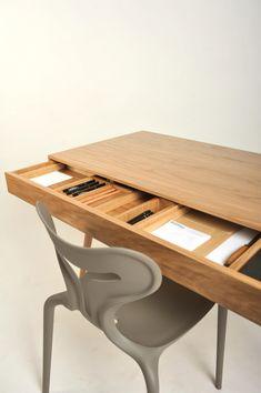 woden desk by roman shpelyk, via Behance - scrivania in legno con scomparto nascosco design by behance