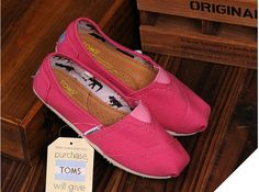 fresh and ready for your feet,god...SAVE 75% OFF! It's pretty cool (: just check image! | See more about toms outlet shoes, toms shoes outlet and kid shoes. | See more about toms outlet shoes, toms shoes outlet and kid shoes.