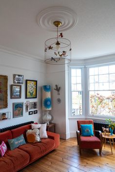 eclectic colorful mid century modern living room decor gallery wall red velvet s… My Living Room, Home And Living, Living Spaces, Living Room Decor Gallery, Red Living Room Decor, Sofas, Mid Century Modern Living Room, Mid Century Modern Decor, Eclectic Decor