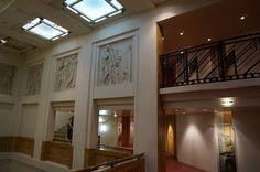 French Art Deco: Bas-reliefs du premier étage de l'Opéra de Reims. Champagne, France.