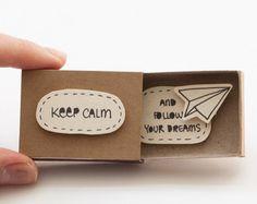 Items op Etsy die op Pak van 50 liefde gemengde kaartontwerpen, Groothandel wenskaarten! -Card Matchbox, Gift box, berichtvenster lijken