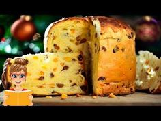 Discover the Italian Panettone recipe, Dessert to be made easily with . Panettone Rezept, Stollen Bread, Italian Panettone, Classic Italian Dishes, Russian Recipes, Easter Recipes, Christmas Desserts, Baking Recipes, Sweet Recipes