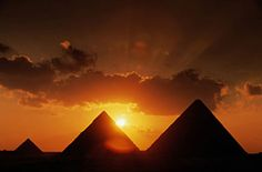 Egyptian Pyramids: One of the 7 wonders still to do