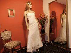 A Line wedding dress. Vestido de novia corte A. Novias&Co ¡Contáctanos! 6156700 - 3208856964 Bogotá, Colombi
