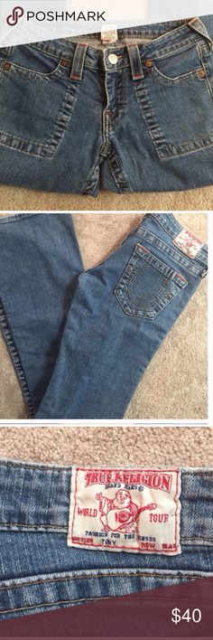 "True Religion Jeans Size 28 Used in great condition. 98/2 fabric with 32"" inseam True Religion Jeans Boot Cut"