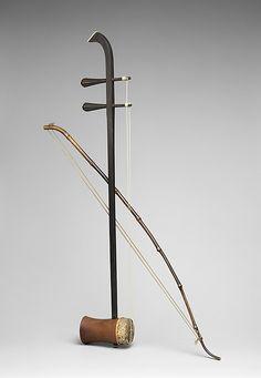 Erhu ( 二胡 ), Wood, python skin, cane, gut, Chinese