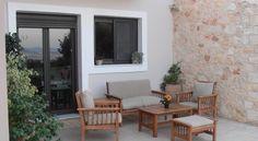 Villa Lofos , Περιβόλια, Ελλάδα. Crete Holiday, Villa, Patio, Outdoor Decor, Home Decor, Decoration Home, Terrace, Room Decor, Porch