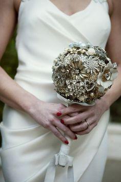 unusual wedding bouquets | Unique Wedding Touch: Brooch Bouquet | Bridesmaids and Weddings