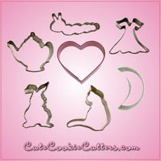 Obsessed with Alice in Wonderland? We have the perfect cookie cutter set for you!