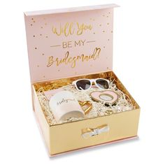 Wedding Gifts Will You Be My Bridesmaid Box Kit by Beau-coup - Asking your favorite girls has never been easier then with this prepackaged Will You Be My Bridesmaid Kit. Bridesmaid Kit, Bridesmaid Gift Boxes, Bridesmaid Proposal Gifts, Wedding Bridesmaids, Will You Be My Bridesmaid Gifts, Best Bridesmaid Gifts, Gifts For Wedding Party, Wedding Favors, Wedding Ideas