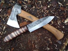 This knife is timeless. Curly maple handle, hand forged, nice drop point blade, brass pins, it's just a pioneer classic