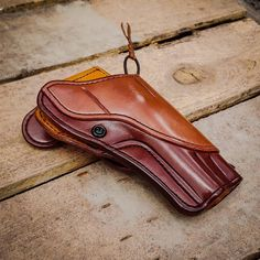Blackhawk Holsters, Custom Leather Holsters, 44 Magnum, Leather Company, Leather Craft, Just In Case, Badass, Sunglasses Case, Hunting
