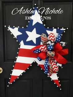 This large traditional style star door hanger would be a perfect way to show your patriotism on July 4 or Memorial Day! All of our door decorations are proudly hand painted in the USA! tall x wide Coordinates with our Patriotic Star Garden Flag. Patriotic Wreath, Patriotic Crafts, July Crafts, 4th Of July Wreath, Holiday Crafts, Summer Crafts, Summer Fun, Americana Crafts, Gift Crafts