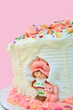 Strawberry Shortcake. I want this! :D #cake
