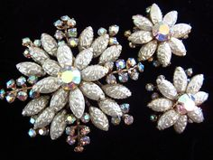 White Art Glass Nugget Brooch & Earrings Aurora Borealis Rhinestones Vintage Jewelry Set