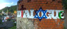 """Dialogue"" Spray and  paint on wall 1 x 10 m Srebrenica 2017  Opera di street art in Sardegna"