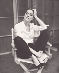 My favorite look on Marion Cotillard: White shirt, black pants, black flats