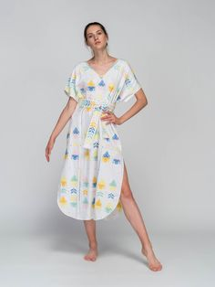 Niso, the Greek sea nymph who loved the creation and beauty of greek islands, is revived through the modern brand for women's clothes and accessories by unique fabrics. Greek Sea, Clothes For Women, Unique, Fabric, Beauty, Collection, Outerwear Women, Tejido, Tela