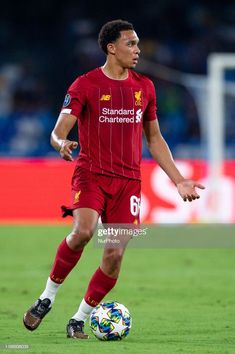 Trent Alexander-Arnold of Liverpool during the UEFA Champions League match between Napoli and Liverpool at Stadio San Paolo, Naples, Italy on 17 September Get premium, high resolution news photos at Getty Images Ynwa Liverpool, Liverpool Players, Liverpool Football Club, Football Love, Football Players, Arnold Wallpaper, David Beckham Football, England National Team, Human Body