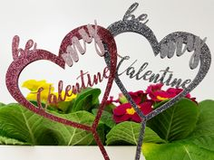 TroGlitter sorgt für einen funkelnden Auftritt von Dekorationen, personalisierten Geschenken oder Displays.  #HappyValentine #Deko #Blumenschmuck #Blumenschild #Pflanzenschild #Herz #Valentinstag #Trotec #TroGlitter #Acryl #Acrylglas #DIY #Inspiration #Lasermuster #LaserCutter #Gravurmaterial Diy Inspiration, Happy Valentines Day, Valentine Gift For Him, Romantic Gifts, Laser Engraving, Floral Headdress, Personalized Gifts